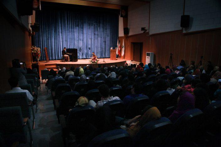 مراسم رونمایی از کتاب آموزش مقدماتی پیانُ